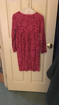 red floral scoop neck long sleeve dress Annandale, 22003