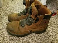 Red Wing Boots Men's size 9/fits 10 waterproof  Wilsonville