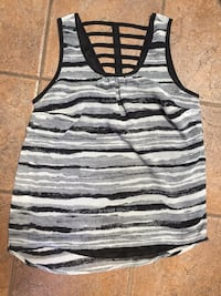 Women's tank top small  2236 mi
