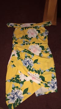 yellow, green, and white floral sleeveless dress Columbia