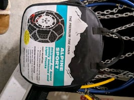 Tire chains - lot