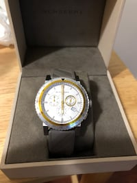 round silver-colored chronograph watch with black leather strap Los Angeles, 91343
