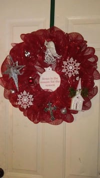 red and white floral wreath Greenwood, 71033