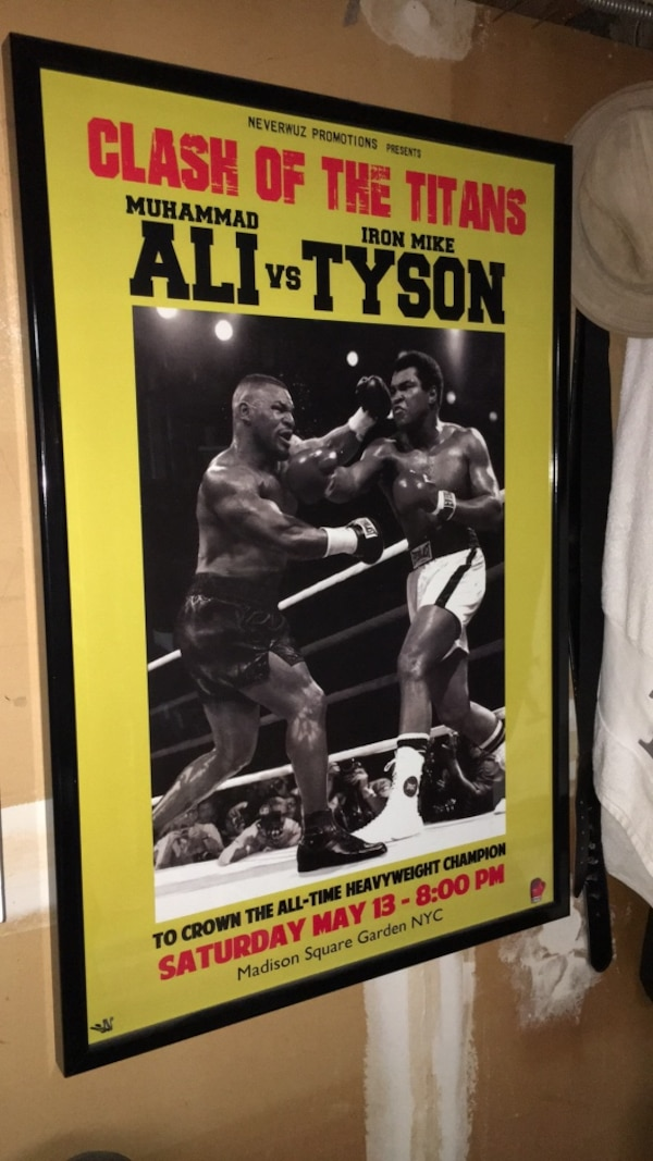 Framed Muhammad  Ali Vs Mike Tyson ( Clash of the titans) Poster