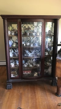 Brown wooden display cabinet Plumsted, 08533