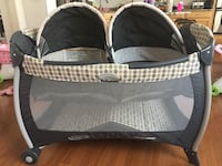 Graco Pack 'n Play Playard with Twin Bassinets, Vance color, like new Lorton, 22079