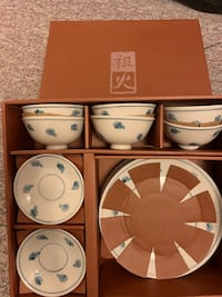 Bowl and plate sets