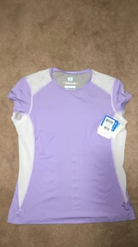 Women's Columbia shirt size large