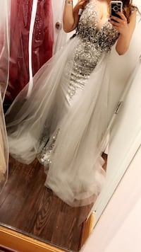 Silver evening gown size 12 ( runs small) Dumfries, 22025