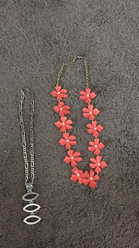 Corral colored flower necklace and silver color necklace  Chino Valley, 86323