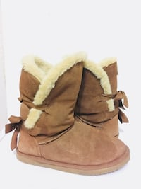 Leather & sheep boots size 8 Toronto, M4Y