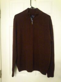 New Men's Sweater -- Large West Springfield