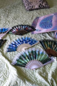 Hand held fans  Frederick, 21702