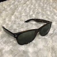 Ray-ban New Wayfarer sunglasses. They are prescription and retail for 354!! Portland, 97202