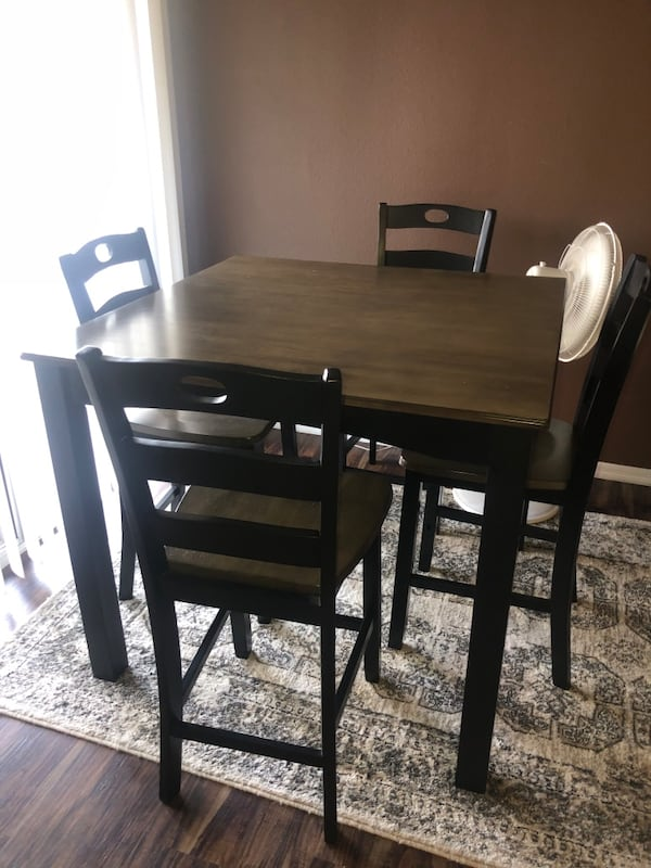 Hazelteen Counter Height Dining Room Table 58934a33-e5f1-45b9-a775-2dd98d0c08ee