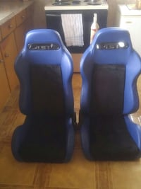 two bleu and black leather racing bucket seats Welland, L3B 4T6