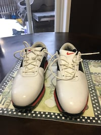 Men's Nike Golf Shoes, size 8