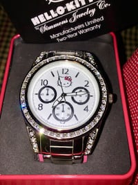 New Hello Kitty watch by Simmons Jewelry  Lovely