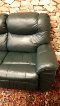 2 piece set leather sofa couch and 2 sided recline