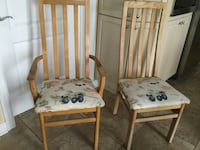 2 SOLD WOOD CHAIRS PLEASE SEE MORE PICTURES  Montréal, H9K 1S7