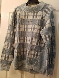 "Women's ""MELROSE AND MARKET"" sweater"