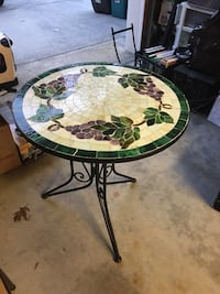 Mosaic table - grapevine Forked River, 08731