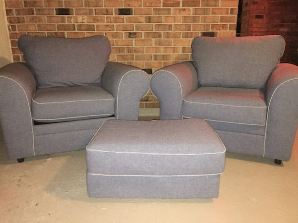 Used 2 Family Room Chairs With Ottoman For Sale In Ocean City Letgo