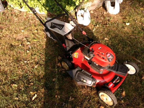 "Toro Self Propelled 22"" 6.5hp Lawnmower"
