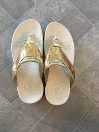 Therapeutic comfy sandals with gold sequins Fort Myers, 33905