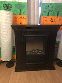 """Fire place almost brand New"""""""""""" Toronto, M9R 1S7"""