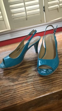 Nine West teal patent pump Alexandria, 22312
