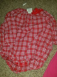 red and white plaid long-sleeve blouse