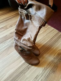 Size 6 womens high brown boots  Berkeley County