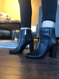 8.5 leather booties NEVER WORN 3153 km