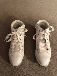 Justice white high top tennis shoe Sterling, 20164