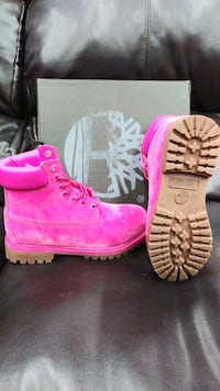 Women Pink Tims Springfield, 22150