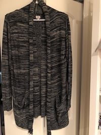 gray and black scoop neck long sleeve dress Surrey, V3W 9H9