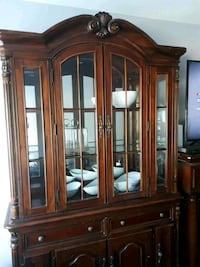 Antique-style  Display Cabinet Toronto, M1T 3W6