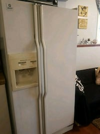 white side-by-side refrigerator with dispenser Kitchener, N2E