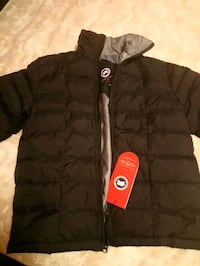 black zip-up bubble jacket Toronto, M5R 3T2