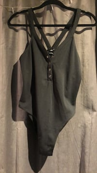 URBAN OUTFITTERS - Body Suit (size medium) Burnaby