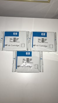 HP Ink Cartridges two magenta and one yellow Los Angeles, 91344