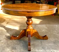 Solid Maple Round Table with Leaf - Excellent Condition! Edmonton, T5R 2V5