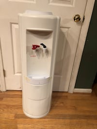 Nestle Water Cooler/Dispenser Works Great Manassas, 20112