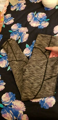 Victoria secret leggings medium