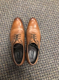 Men's leather shoes size 9