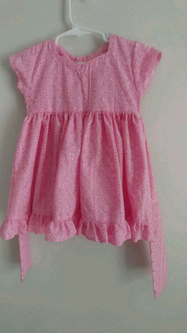 Toddler dress (Size 3t) 66617789-cab0-4a3e-84f8-8244111946f4