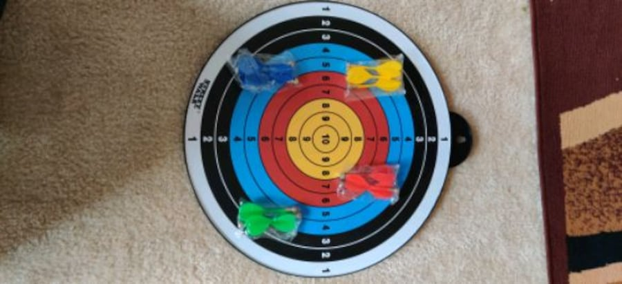 Magnetic dart board 12 PC's magnetic dart excellent indoor game party df189e25-a4b2-4237-a61c-2cc90dd4a702