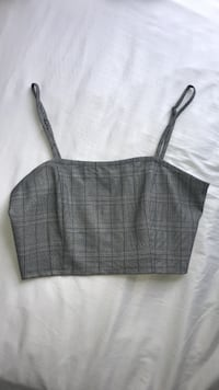 gray fitted spaghetti strap crop tank top Highlands Ranch, 80126