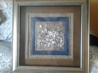 gray flower with wooden frame Barrie, L4M 7B2